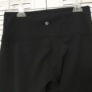 lululemon athletica Pants - NWOT Lululemon high waisted cropped pant